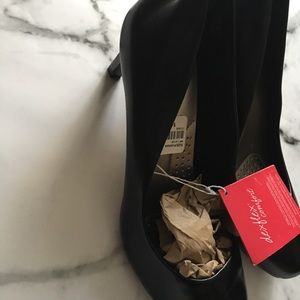 ✨Host Pick✨LAST SIZE 9W Round-toe Black Heels